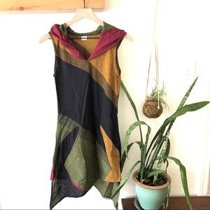 Color block hooded tunic NWOT